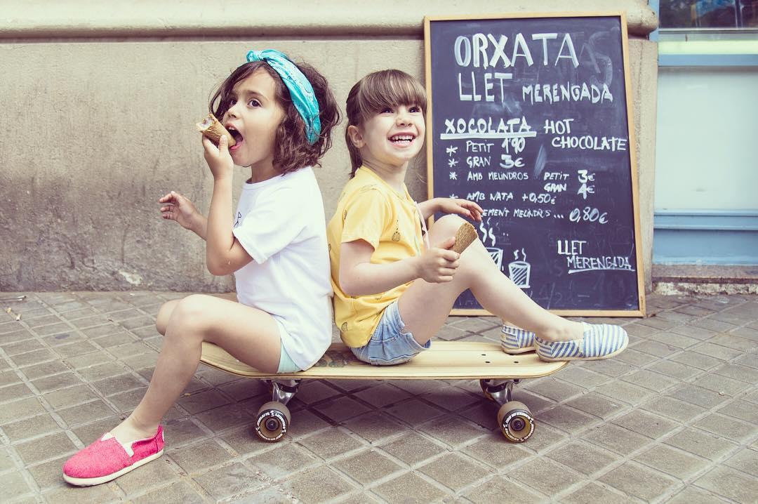 Mini (huge) steps!  Mini Paez para los más mini de todos en compañia de los amigos de  @lotiekids @beansbarcelona Bean's Barcelona & @dunadu at @laglacebcn - For the little ones