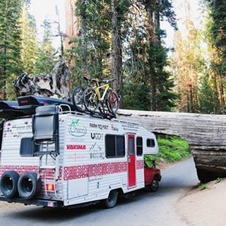 ¡ L O W  B R I D G E !  our friends @ourvieadventures have hit some obstacles on their tour de parks, but only makes the journey more exciting, good luck on the road pals! #radparks #parkchamps #nps100 #goparks