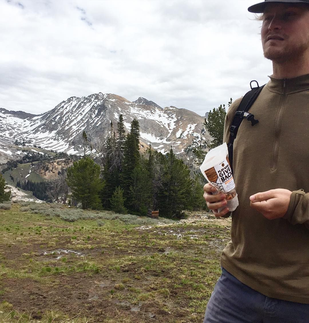 Sunday hikes in the Pioneer Mountains in Idaho. Anyone been? #PHGB #playhardgiveback #snacktime #snacksthatgiveback #playwithpurpose