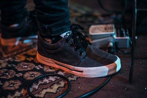 •Grab descarne•☇ . . . #sneakernews #sneakers #instadaily #instacool #instagood
