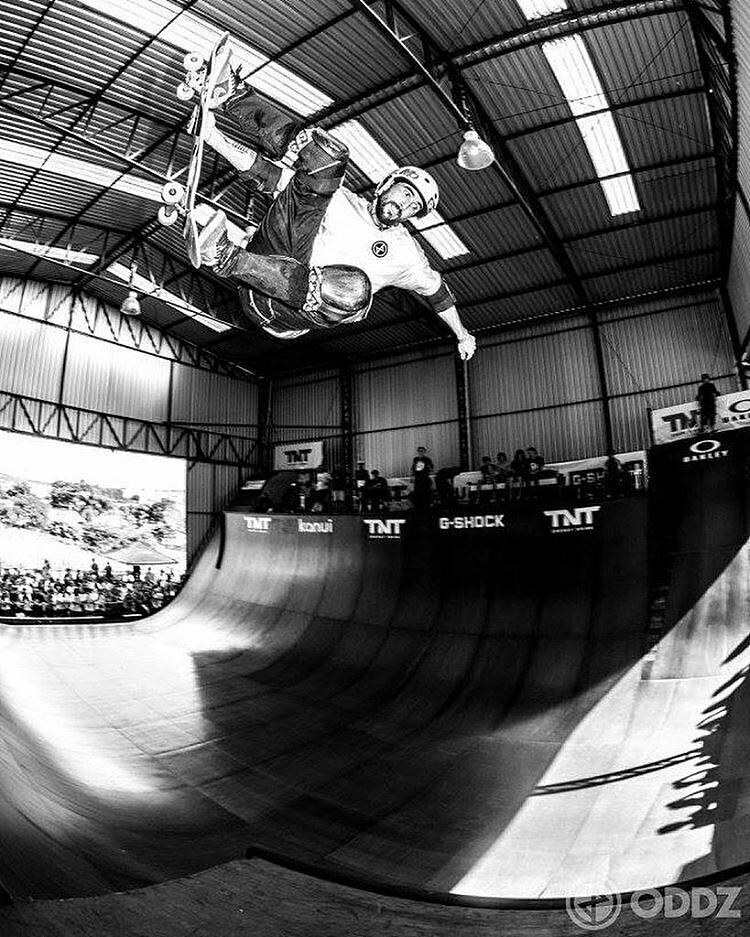 @edgardvovo Good time at @vertbattle. Sick photo from