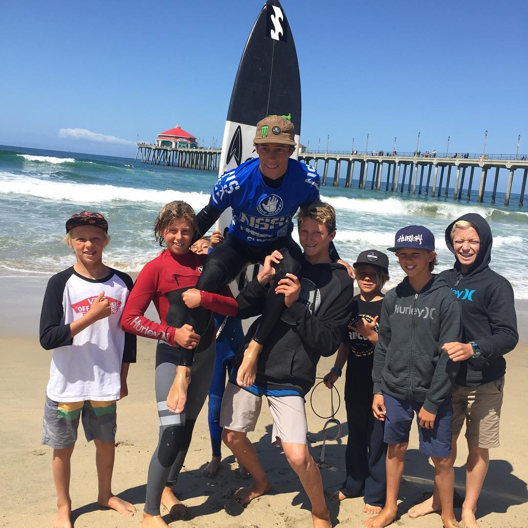 Congratulations to @proliteint team rider @eithanosborne for taking home the win at @nssasurf westerns in both the men's and air show today no Huntington Beach!  Well done tiny legend!! #teamprolite #surftravel #microdot #surf