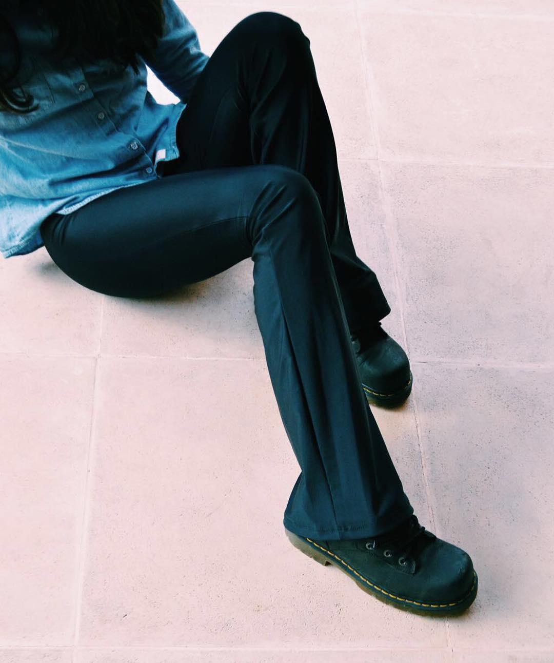 Monday Basics ⚡ Oxford Black