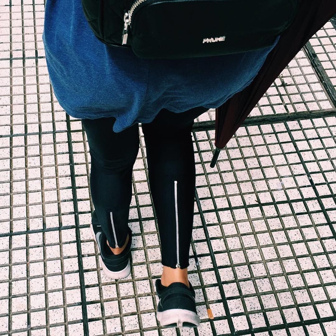 Daily Basics ☂ Zip Legging