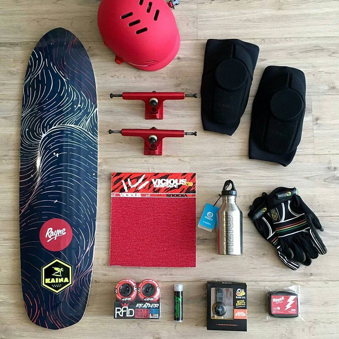 SET UP OF THE WEEK, from @kainaskateshop in Barcelona!  The #rayneANTHEM should not be underestimated. It's a quiver pleaser!  @raynelongboards Anthem 2016, @calibertrucks 2, @radesigns Feather, @zealousdownhill @viciousgrip. @predatorhelmets FR7,...