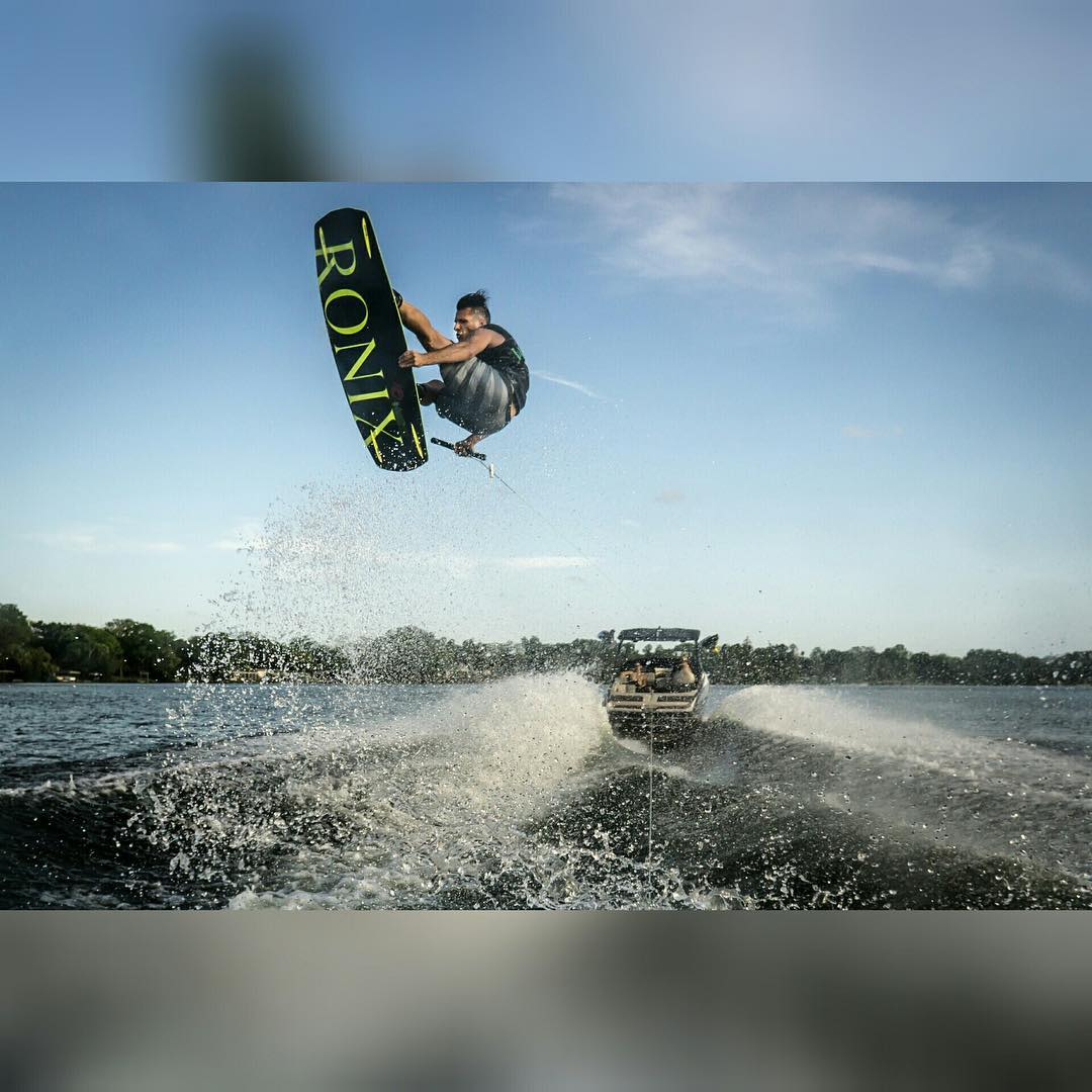 @tony_carroll #theonecollection #oneloveinwake #fortifiedwithlakevibes #ronix2016 #takeflight