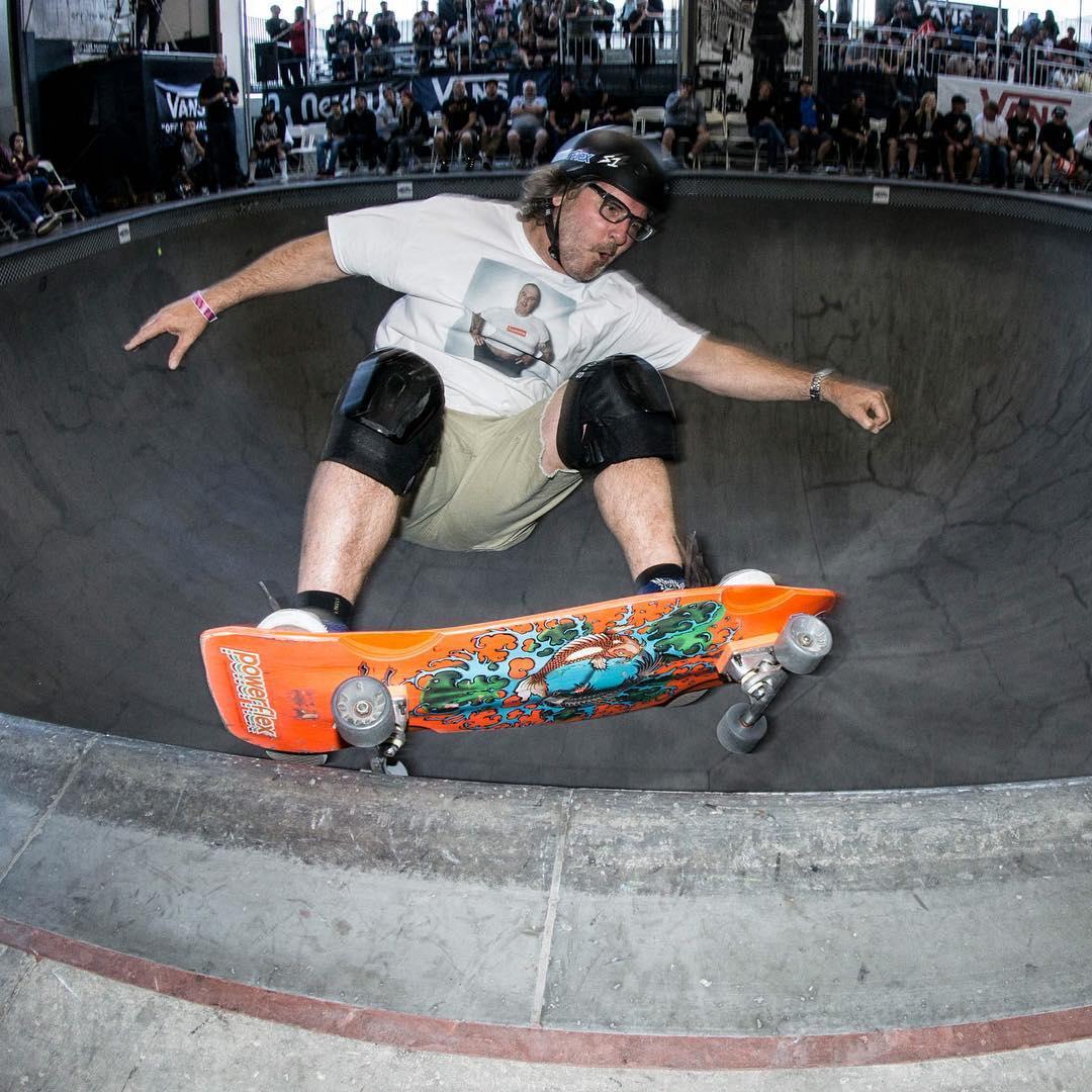 Love this photo of @grayslide at the #vanspoolparty ! @shamando Jim wears the S1 Mega Lifer Helmet because he has a huge skull . #skateboardingisfun #skateeverday #s1lifer @powerflexskateboards #skateboardindustrialcomplex