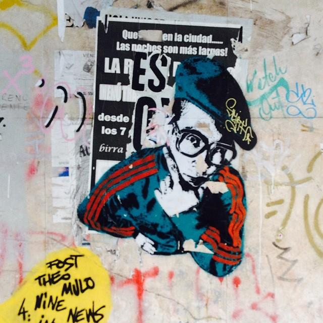cumbiero intelectual #streetart #urbanroach #buzo #hoodie #hipsterglasses #graffiti #palermo