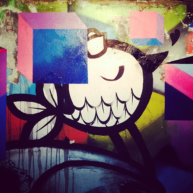 #pumpum #streetart #graffiti #cubo #pixel ❤️