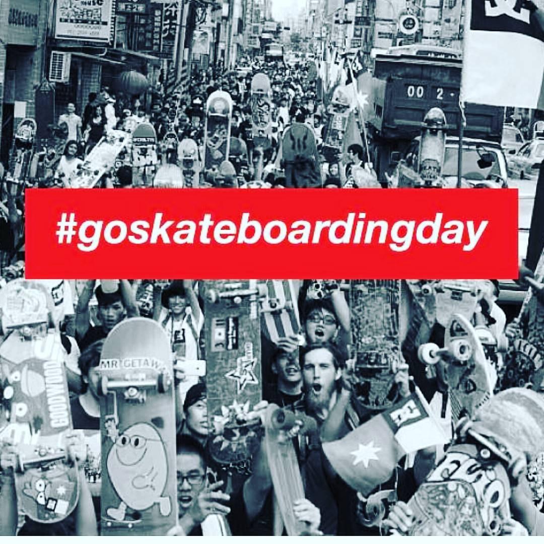 Feliz #goskateboardingday day2016 !!! De parte de todo el #teamslp ✌✌