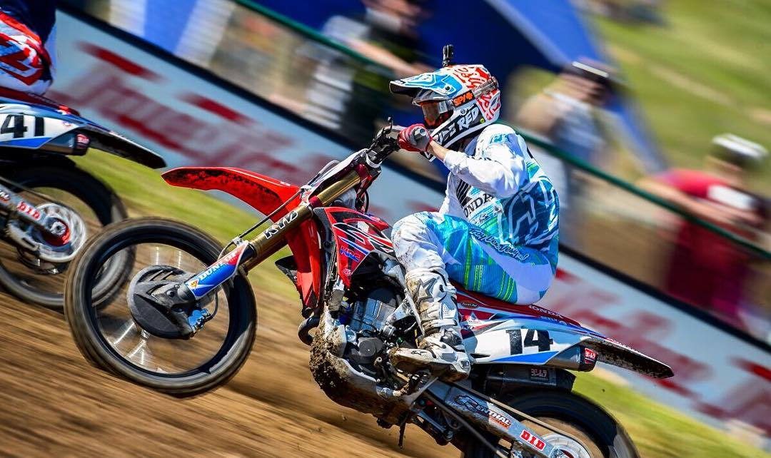 SPY-five to our man @coleseely for getting third place and his first moto podium in the 450 Lucas Oil Motocross series!