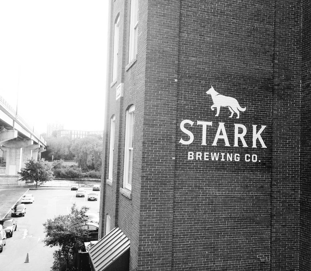 Another shot of yesterday's hand painted logo at @starkbrewingco #manchesternh #starkbrewing #stark #brewery #handpainted #mural #millyard #oneshot #steezdesign #newhampshire