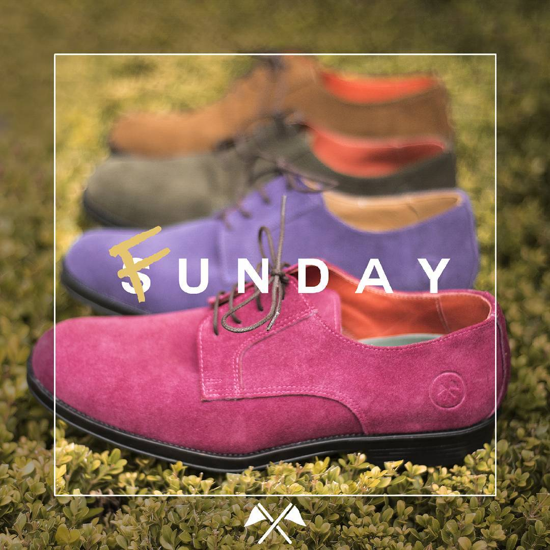 No dejes que el domingo te pase por arriba, aprovechalo!!! Ph: @elephanto_s (tremenda producción)  #TwinsStyle #funday #fun #antidomingo #sunday #domingo #moda #fashion #instafashion #zapatos #shoes #colorful #menswear #picoftheday #mfashionstyle...