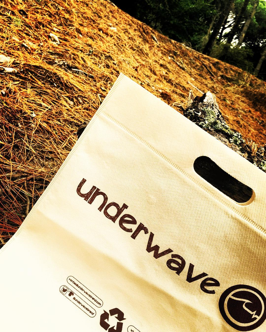 - No conoces nuestras bolsas ecológicas reutilizables? - YA TENEMOS SHOWROOM! Próximamente más novedades. - Ventas: 1132387951 y www.underwavebrand.com - #FeelIt