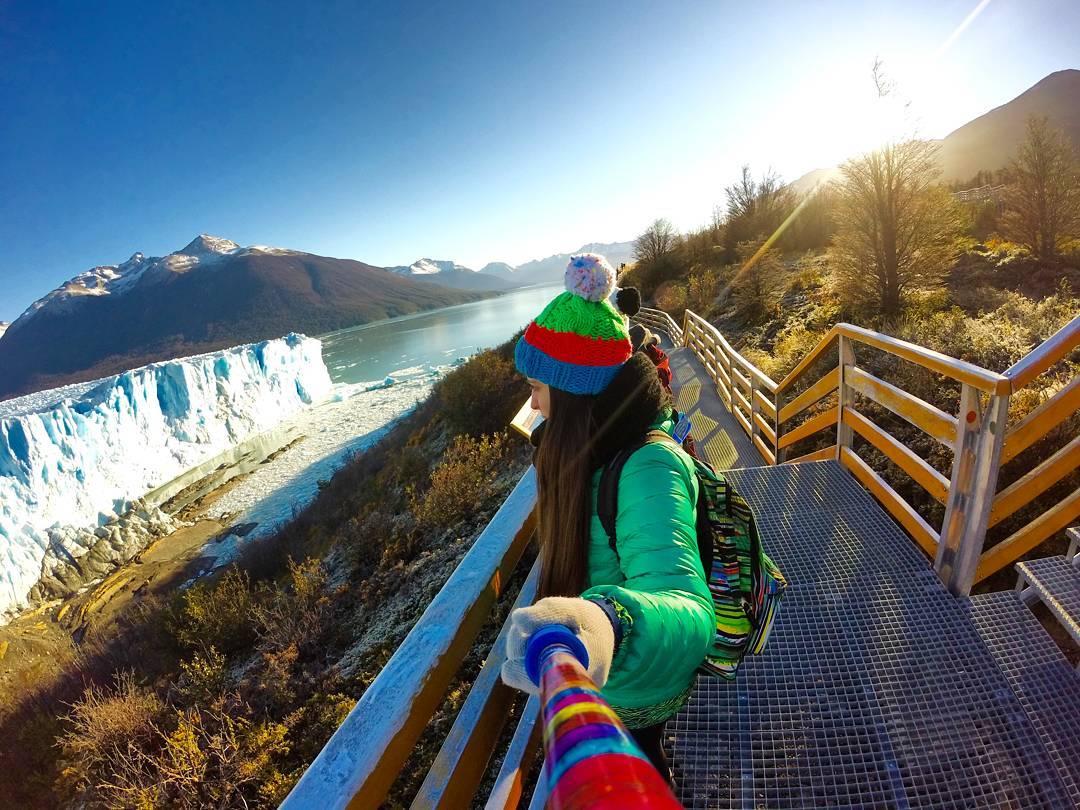 Conseguí este #ZephyrPole en sólo 3 pasos ➡ www.zephyrgear.com.ar! Ph: @eugivignolo desde #GlaciarPeritoMoreno ❄