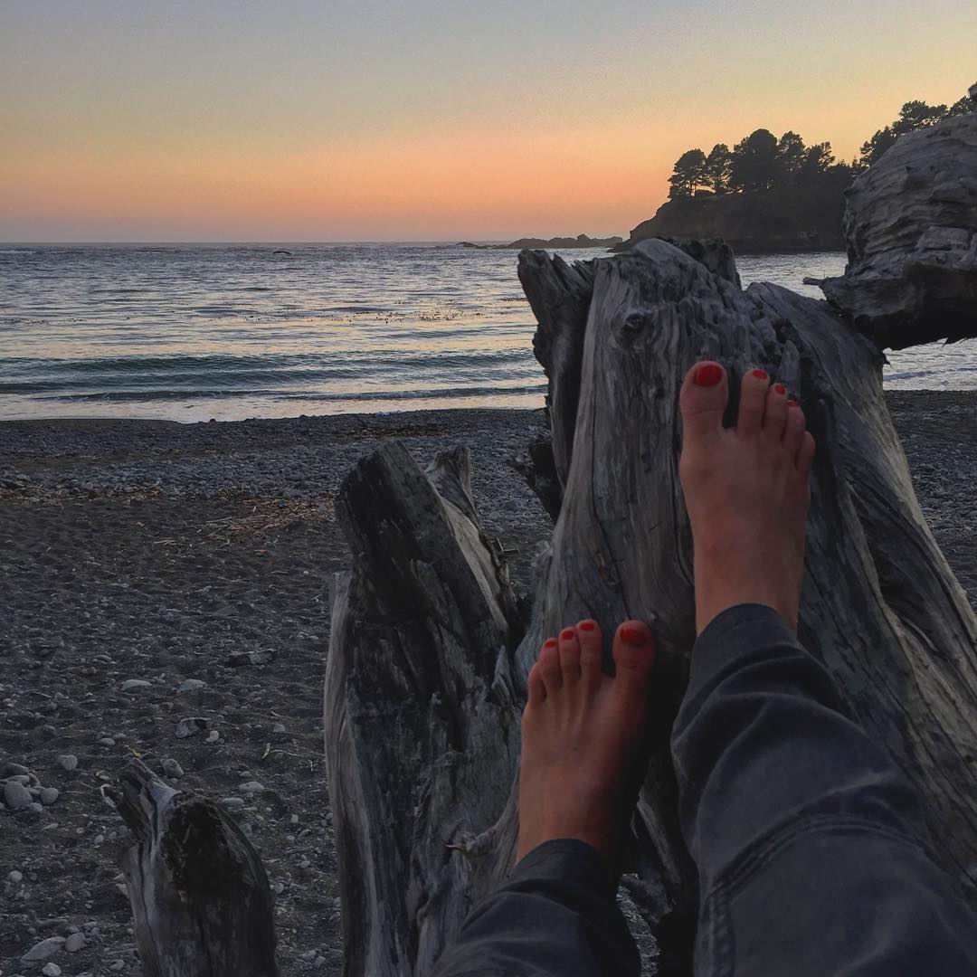 Happy Place - no need to sunset chase #sunset #mendocino #roadtrippinwithrachel