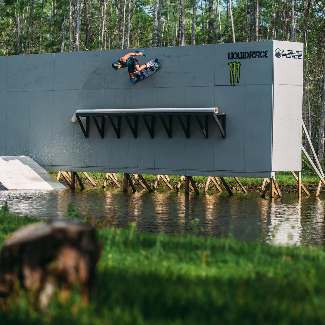 Dodging gators with @harleyclifford  #allthingswater #bodyglove  www.bodyglove.com