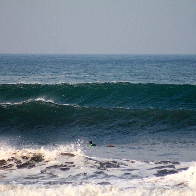 "Photo of the day from Nicaragua: ""Chest/ couple feet overhead the past couple days. Off shore all morning, onshore afternoon :(."" — Fun · Head (5ft) · Blown Out · Few People (via Jhon Ocanto) — at El Transito #goFlow #Nicaragua #surf"