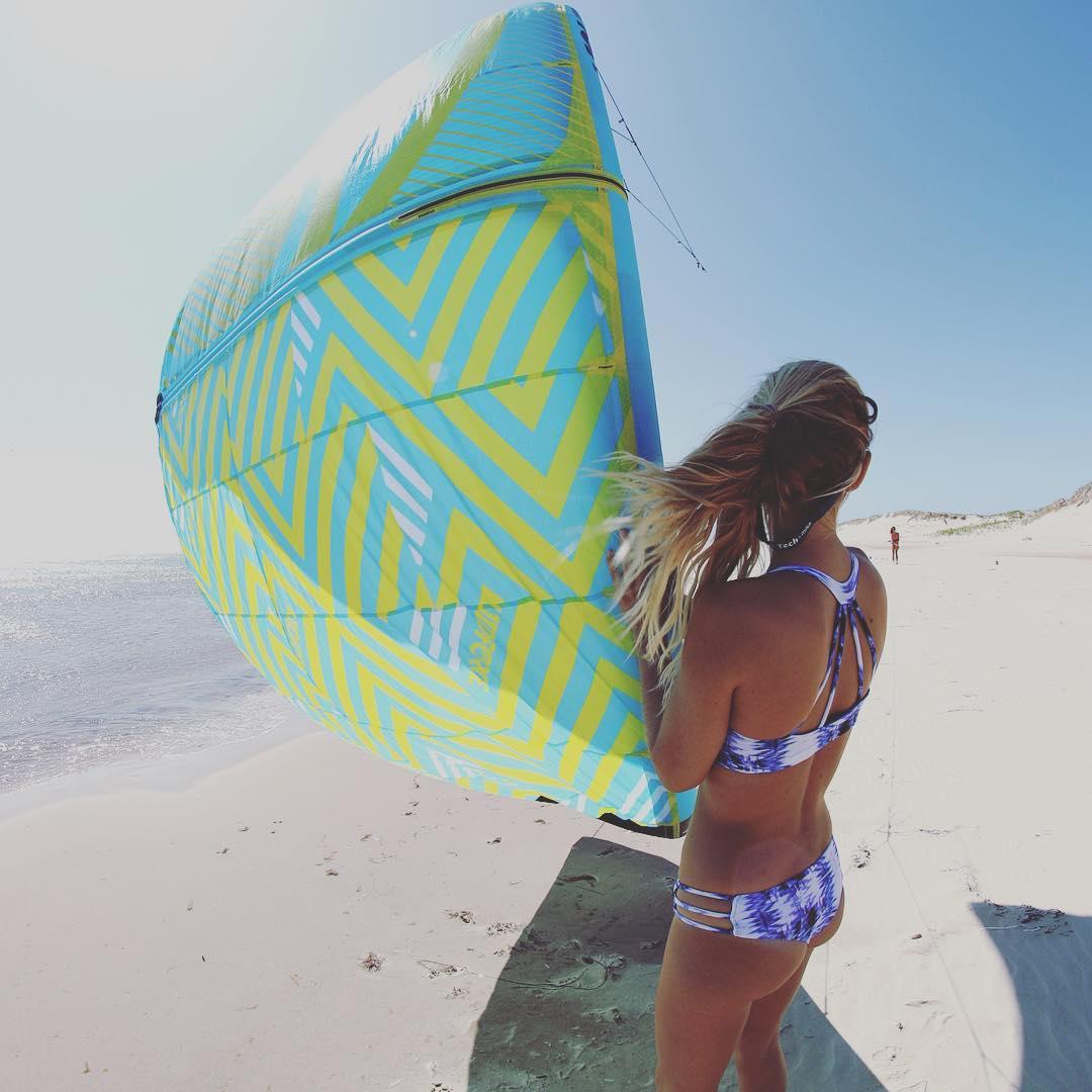 It's windy. Will you give me a launch? #sensicolleen and #sensikyla put to work.  #kitesista #beachbum