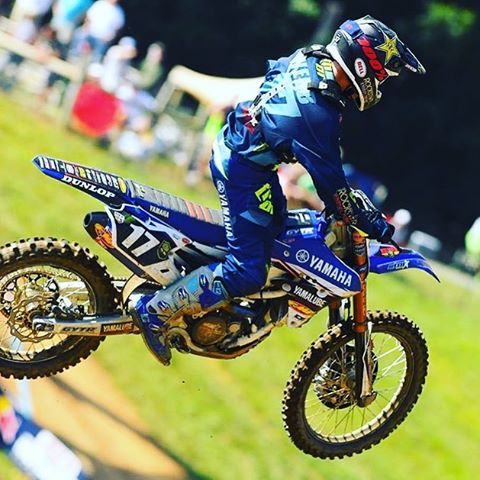 @cooperwebb_17 wins again. Pretty cool the guy was overshadowed by AC in the Amateur days. Just goes to show winning all the Am titles doesn't always equate to winning pro titles. Usually the guy who wants it the most and works the hardest gets the pro...
