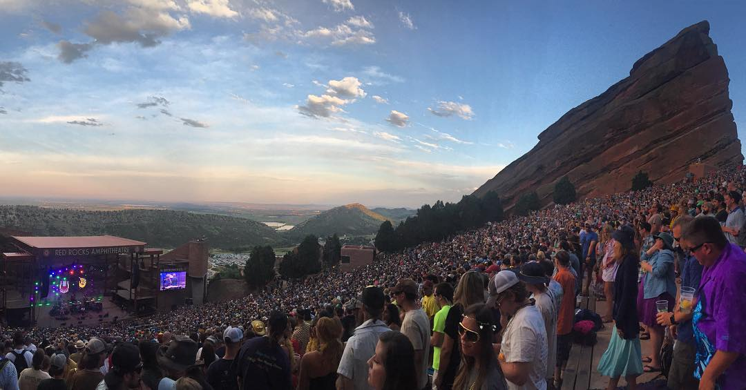 We hope you're all having a great weekend! #redrocks