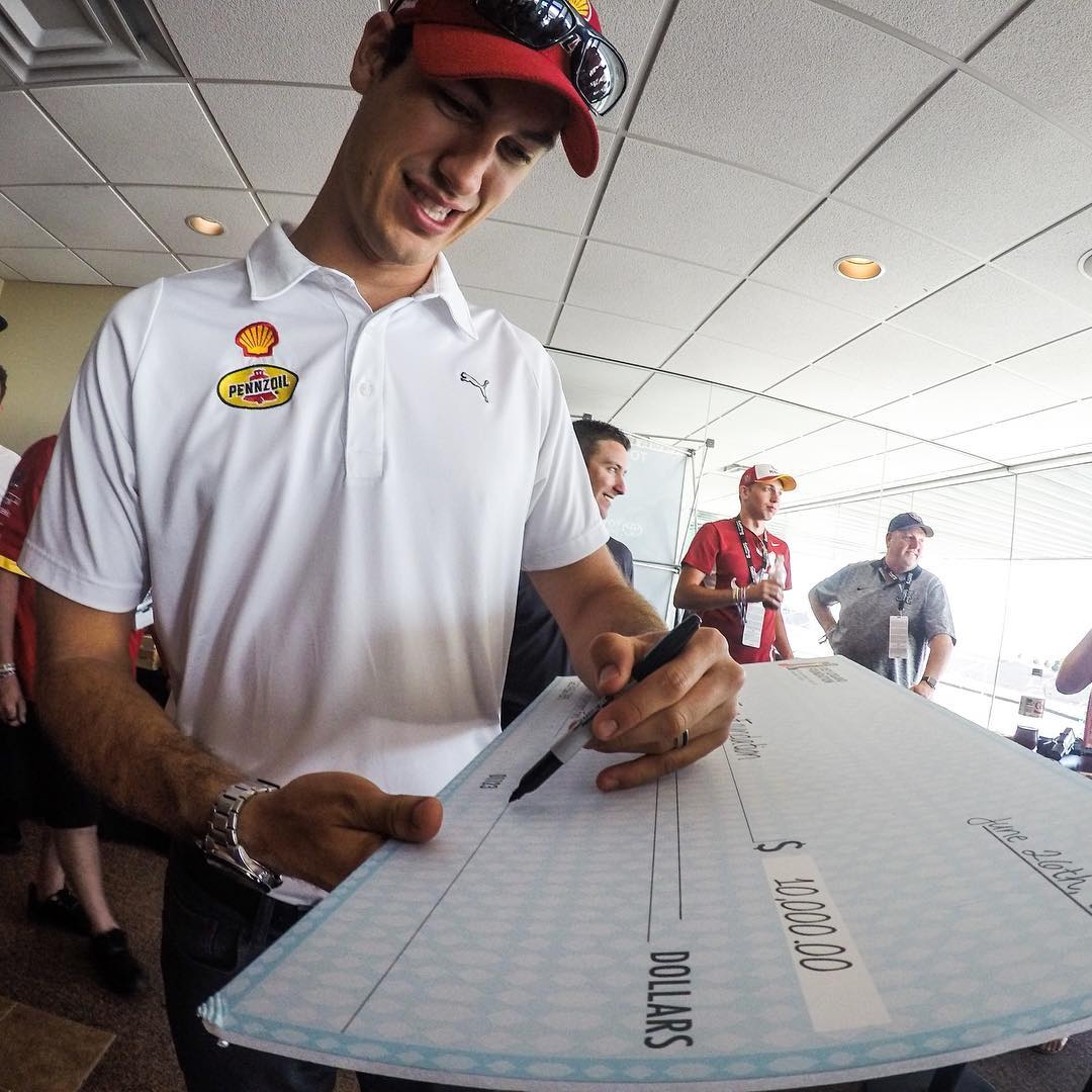 Amazing to have @joeylogano with us on race day signing a check for High Fives Athletes from the @joeyloganofdn  Thank you Joey! Today's a great day to win! Shot with @gopro  #gopro #sonomaraceway #nascar #savemart350