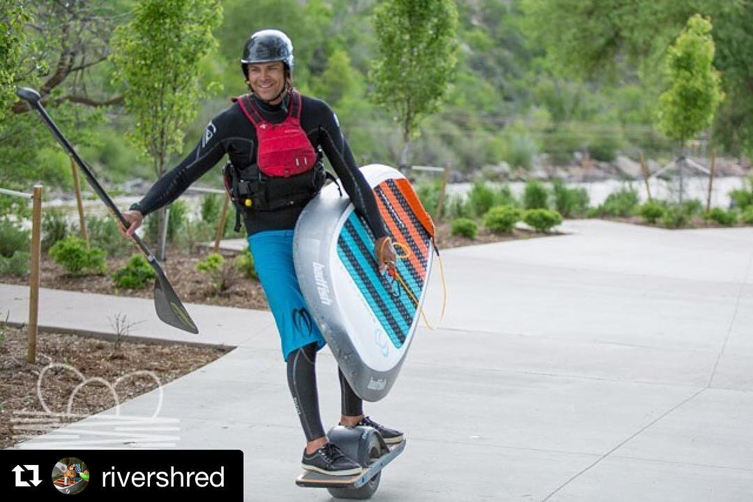 How did you get to and from your favorite #shred spot this weekend?  @rideonewheel @jeepofficial #standardhalfcut