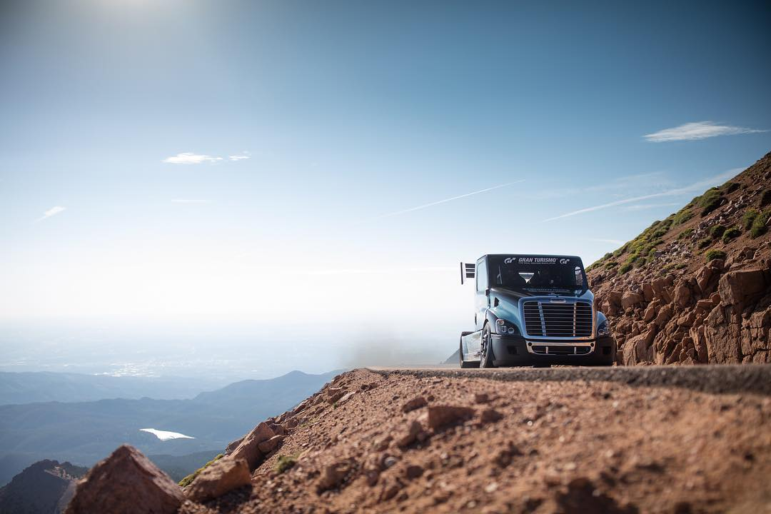 Navigating a Champ Truck Frieghtliner up Pikes Peak certainly takes a ton of skill and a boat load of nerve. Luckily our buddy @mikeryanmotorsports has a fair share of both! #pikespeakhillclimb @ppihc1916