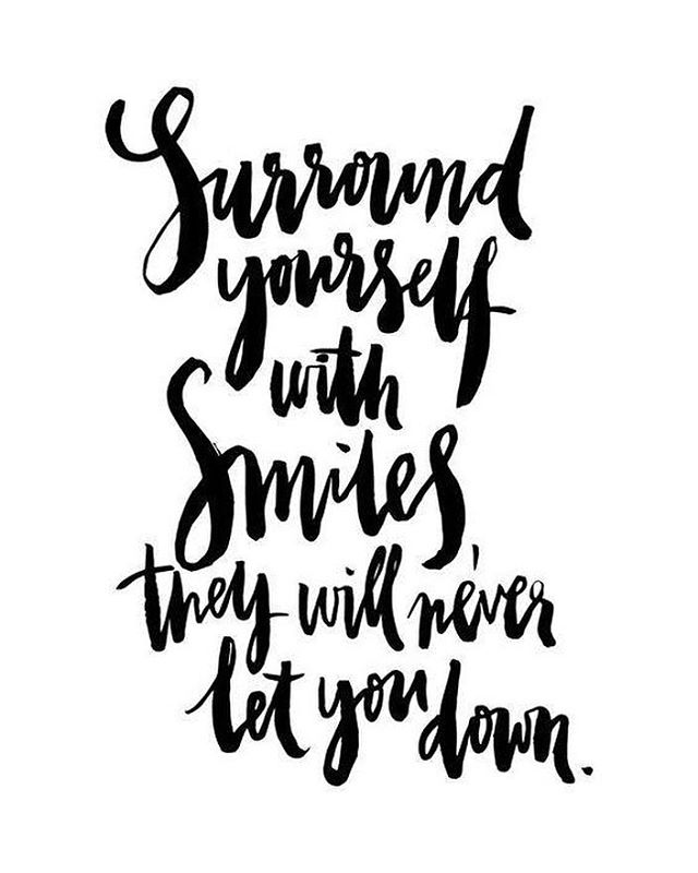 Everyone could use a few more smiles... Especially on Monday!  #mondaymotivation #mondaymantra