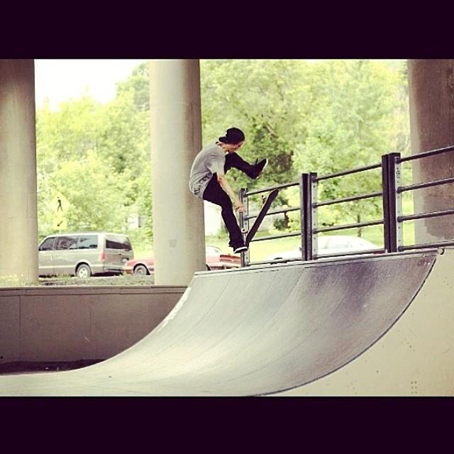 Team rider from #minnesota @hearty_dyl❄️#frostyheadwear #skateboarding