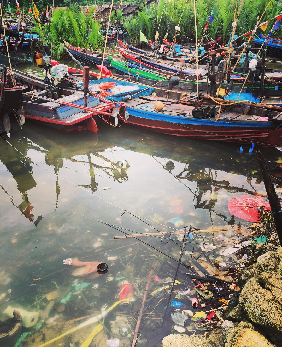 Lots of #color at the water's edge in the villages we were there in #Myanmar to visit... ⛵️ Beautiful & Heartbreaking all at the same time - but what a great place to start with to begin a positive impact.
