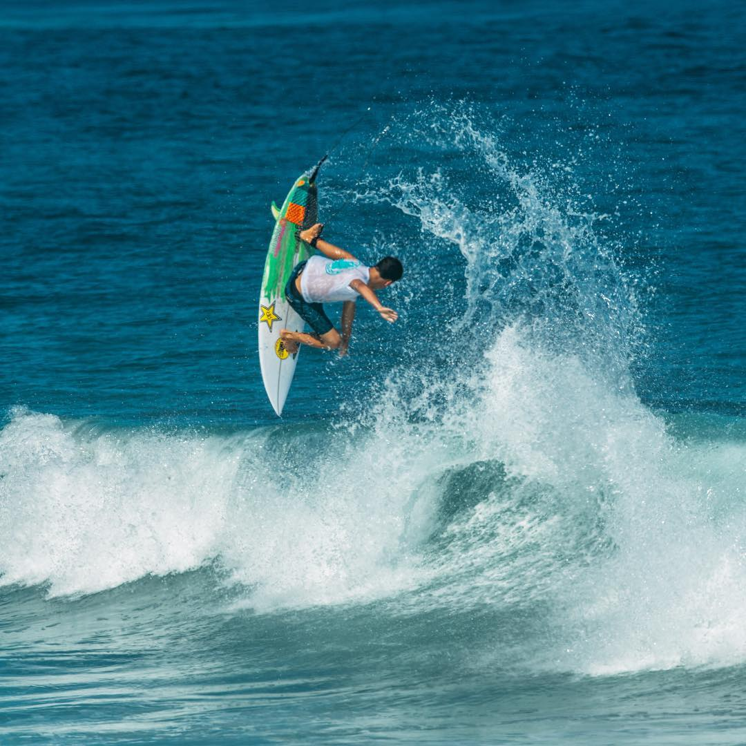 @nolanrapoza enjoying his time here in Mex testing out the new boardshorts for Spring17 #allthingswater #bodyglove  www.bodyglove.com