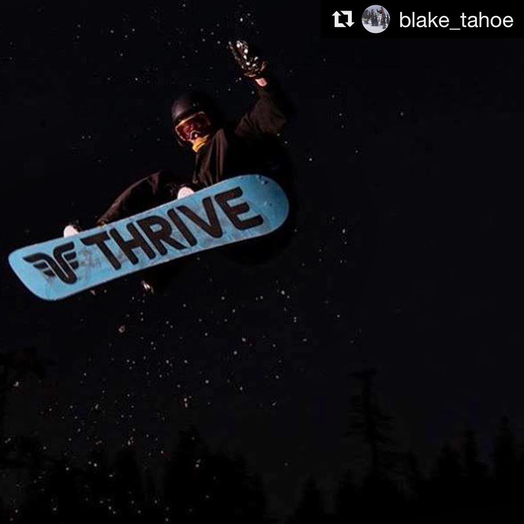#Repost @blake_tahoe #nightshoot @atwooddigital @jlabaudio @woodwardtahoe #snowboard #thrivesnowboarding