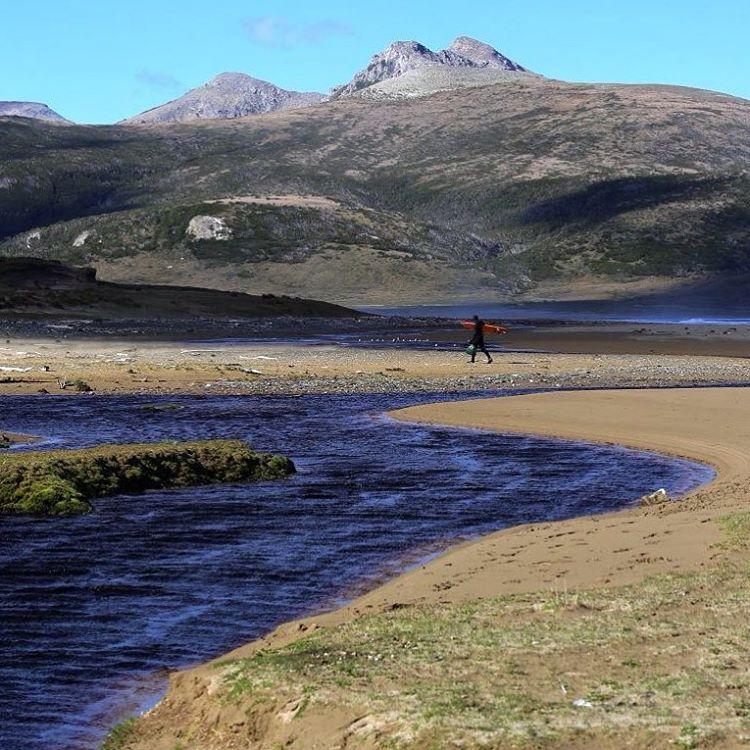 Ayudanos a conservar este lugar único de nuestra querida Argentina firmando la petición en http://change.org/peninsulamitre.  #PeninsulaMitre @reefargentina #justpassingthrough