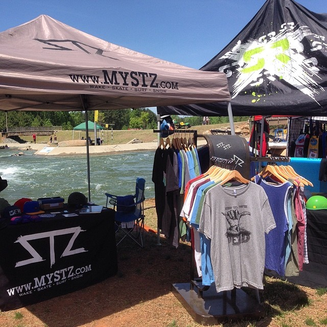 #Tuckfest has been awesome // be sure to stop by the tent #supportlocal and check out the new @shred_ready_helmets line // #happyshredding #professionaloutsider #tuckfest2014 #sup @usnwc