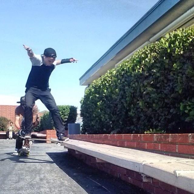 Team rider from #California @kennyskates❄️#skateboarding #frostyheadwear #metrogrammed