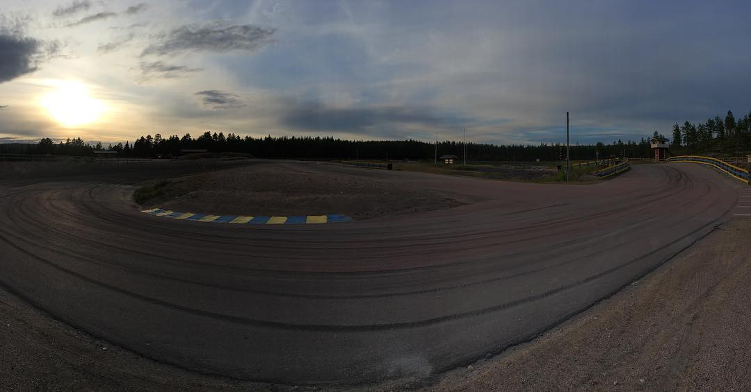 Late night testing in Sweden tonight with the Mini getting ready for the big weekend ahead!!