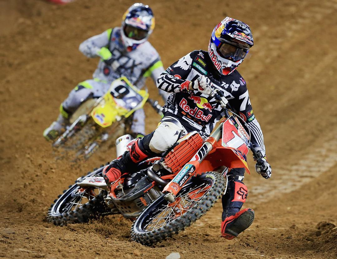 @RyanDungey • 26 years old • Six AMA Pro Championship titles • #ESPYS Best Male Action Sports Athlete nominee