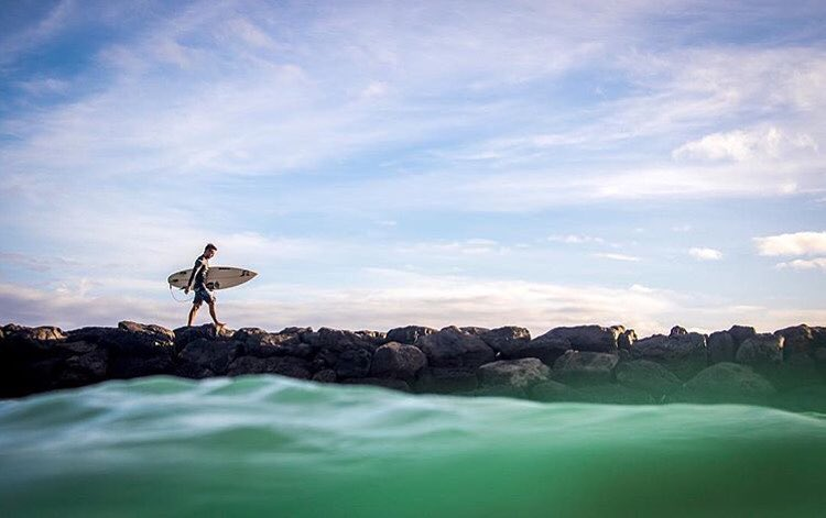 Wednesday's with Team Rider @kainoahaas in his Super Skin 2.1 wetsuit top | Photo: @instaclamfunk #inspiredboardshorts