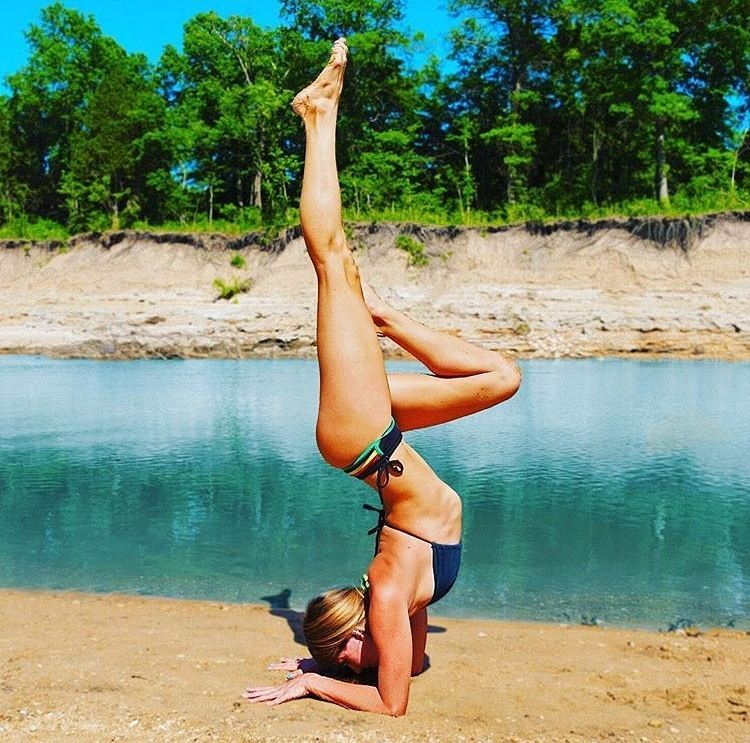 #miolagirls… bend, don't break || @yoga_ky in our Casita Boythong and Tira Halter || #getoutthere #sandstand #yogaeverydamnday