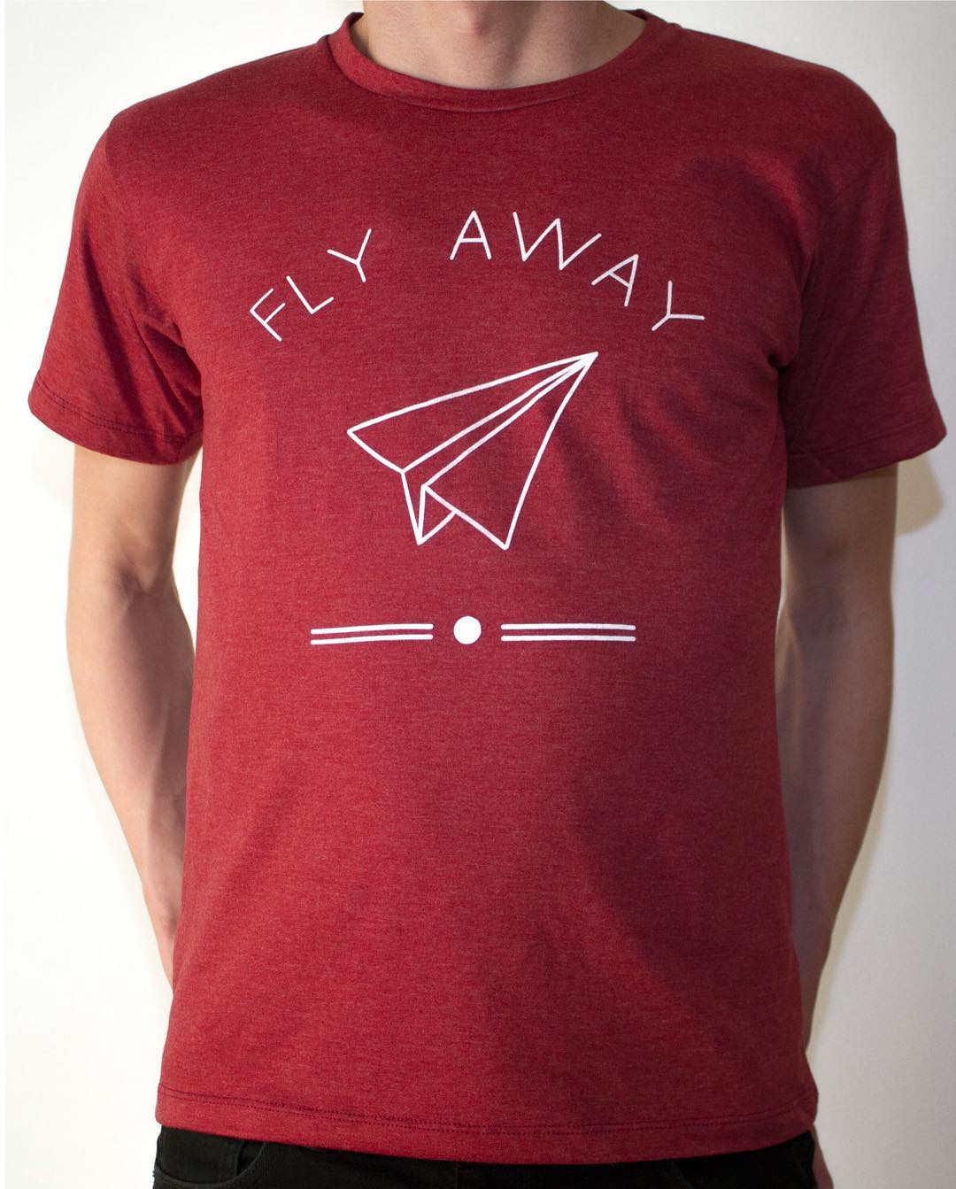 REMERA FLY AWAY BORDEAUX  PROMO LANZAMIENTO $299 SHOP ONLINE  www.somosborna.com