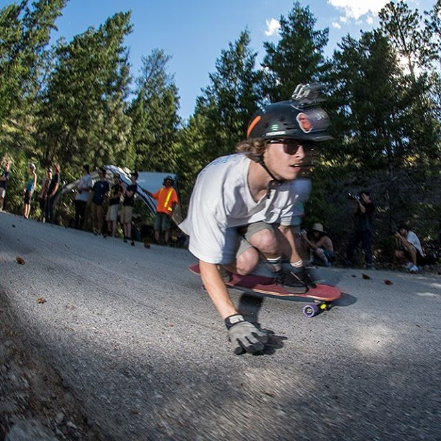 The Giants Head Freeride was lit! Click the link in our bio to checkout over 100 photos from @equalmotion like this one of Devon Dotson! #giantsheadfreeride #dblongboards #longboard #downhillskateboarding #summerland