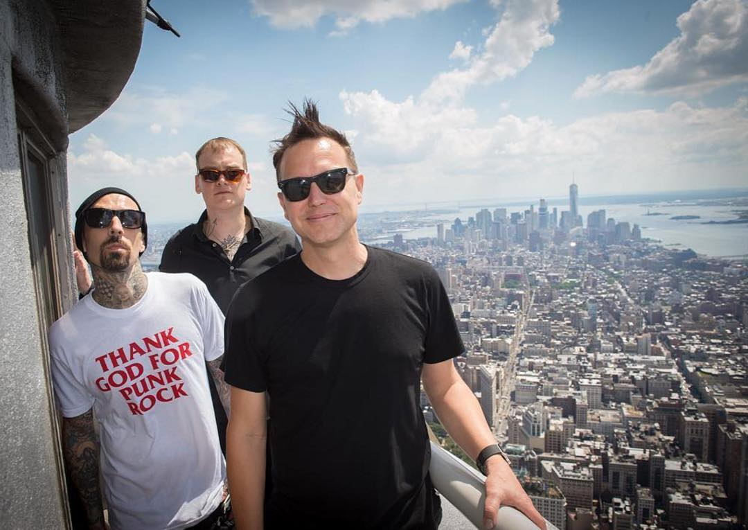 @blink182 is gonna set it off in Central Park at 8 am ET on @GoodMorningAmerica!