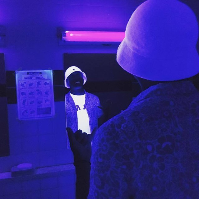 #kangol Under Black Light via @hama730