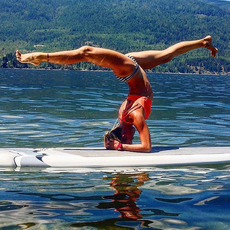Happy Friday and Happy Canada day!  #playhardpaddleharder #FreeFromAll #sup #supyoga #thankgoditsfriday #happycanadaday #yogi #roguesup #Rogue #paddle