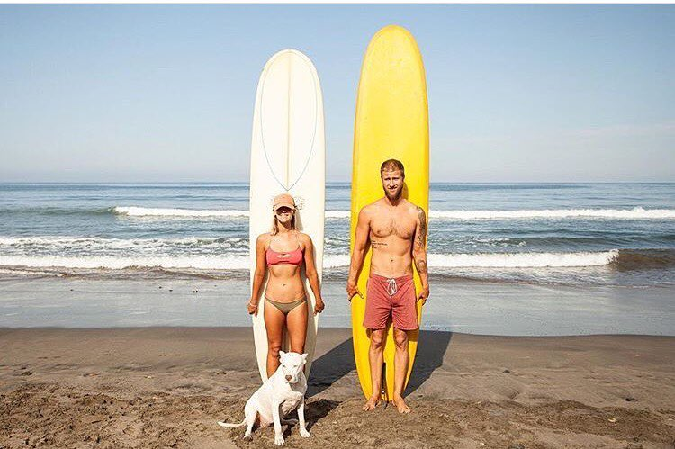 Love this photo from @findingoutmy_fit in her #sensiclaire // can you say power couple? #surfers #doggie #crewedup
