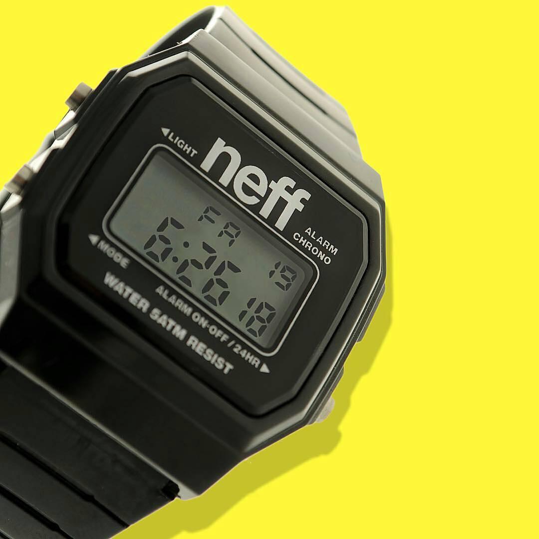Only a few hours left until the weekend! Start the countdown with the Flava watch.  Falta muy poco para el fin de semana. Comenzá la cuenta regresiva con el reloj Flava.  Disponible en nuestra tienda oficial: www.tienda.mercadolibre.com.ar/neff o en la...