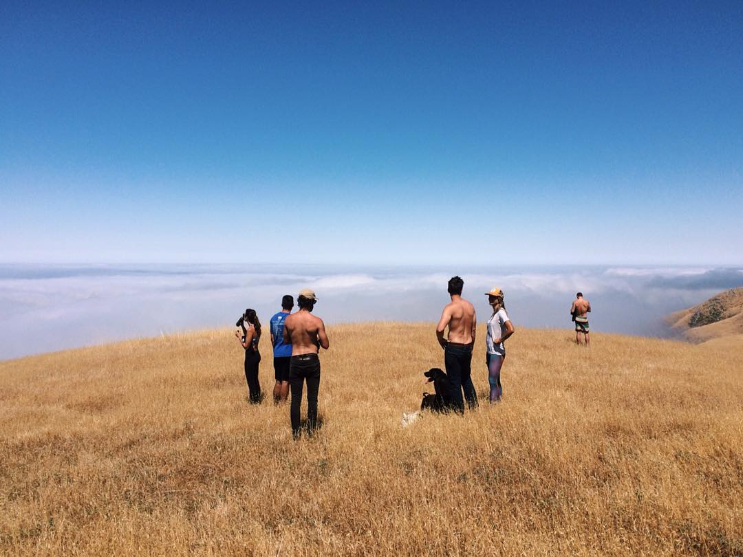 ~ Tribe Gathering ~  Happy 4th of July from above the clouds in Big Sur. We hope everyone has a safe and amazing holiday weekend! ------------------------------- #consciousadventurer #bekindtribe #bekindvibes
