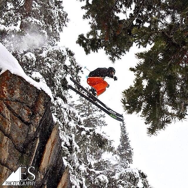 .@harhoghol scored a #POWday  at @snowbird with the MYST crew this last Saturday.  Based on the fresh blanket of snow outside today in #ParkCity it's safe to say #winterisntoveryet.   PC: @esalesski. //#senditbeforeyousendit  #spreadstoke @rampsports...