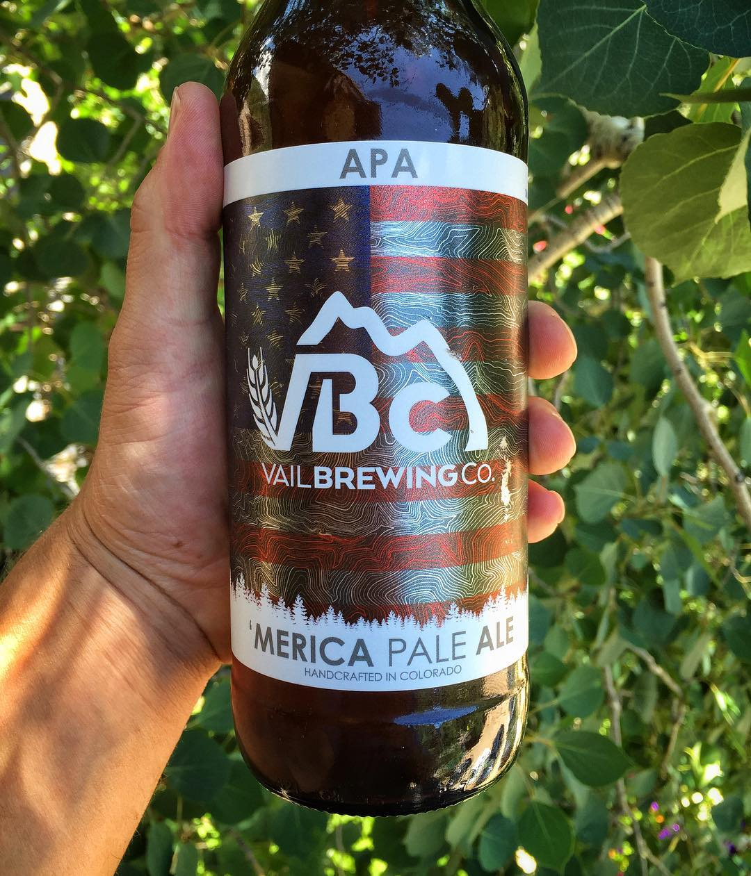 Happy 4th everyone!  We are doing it right with a very special America Pale Ale from @vailbrewingco - and we could not be more proud of these labels we designed for them